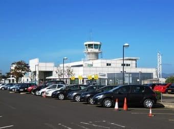 noleggio auto aeroporto Derry